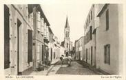 """17 Charente Maritime / CPA FRANCE 17 """"Ile de Ré, la Couarde, la rue de l'église"""""""