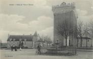"""17 Charente Maritime / CPA FRANCE 17 """"Pons, hôtel de ville et donjon"""""""