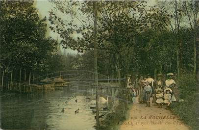 """/ CPA FRANCE 17 """"La Rochelle, parc Charruyer, bassin des Cygnes"""""""