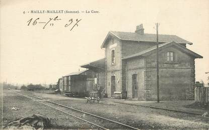 """CPA FRANCE 80 """"Mailly Maillet, la gare"""" / TRAIN"""