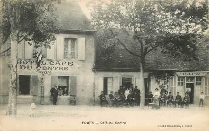 """CPA  FRANCE 38 """"Fours, café du centre"""""""