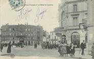 """17 Charente Maritime / CPA FRANCE 17 """"Saint Jean d'Angély, place François 1er et Hôtel de Londres"""""""