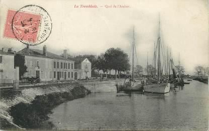 """/ CPA FRANCE 17 """"La Tremblade, quai de l'atelier"""""""