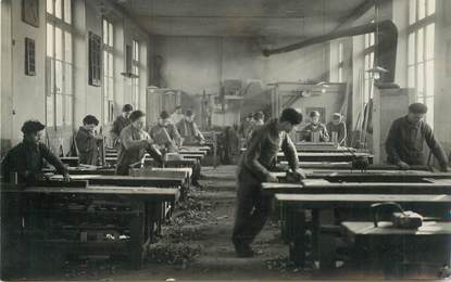 "CARTE PHOTO FRANCE 23 ""Felletin, Ecole des Métiers du batiment, menuiserie"""