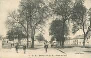 """79 Deux SÈvre / CPA FRANCE 79 """"Thouars, place du Boël"""""""