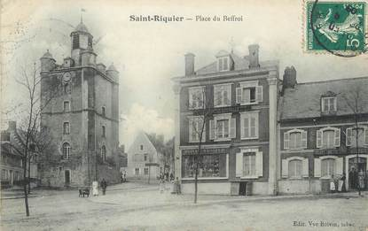 """/ CPA FRANCE 80 """"Saint Riquier, place du Beffroi"""""""