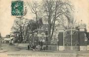 """37 Indre Et Loire CPA FRANCE 37 """"Rochecorbon, carroi des boucheries, entrée du chateau de la tour"""""""