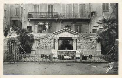 """/ CPSM FRANCE 83 """"Barjols, le monument aux morts"""""""