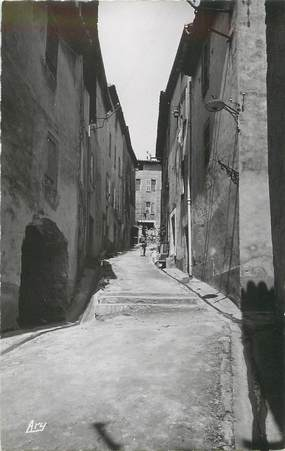 """/ CPSM FRANCE 83 """"La Cadière d'Azur, une vieille rue """""""