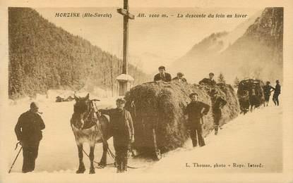 """CPA FRANCE 74 """"Morzine, la descente du foin en hiver"""""""