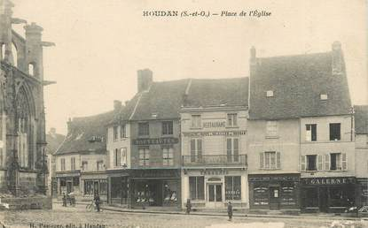 "/ CPA FRANCE 78 ""Houdan, place de l'église"""
