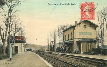 "CPA FRANCE 38 ""Saint Quentin Fallavier, la gare"" / TRAIN"