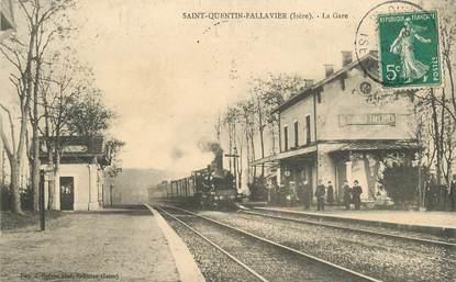 """CPA FRANCE 38 """"Saint Quentin Fallavier, la  gare"""" / TRAIN"""