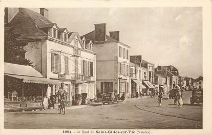 """CPA FRANCE 85 """"Le Quai de Saint Gilles sur Vie"""""""