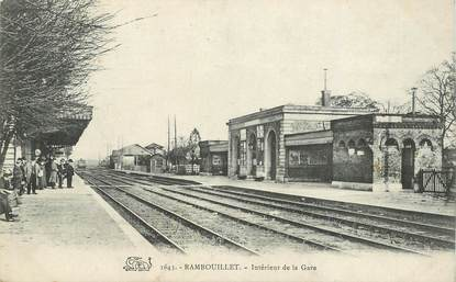 "CPA FRANCE 78   ""Rambouillet, la gare"" / TRAIN"
