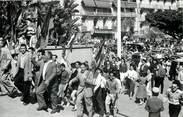 """Algerie CPSM ALGERIE """"Alger, le 13 mai 1958, montée au Forum"""""""