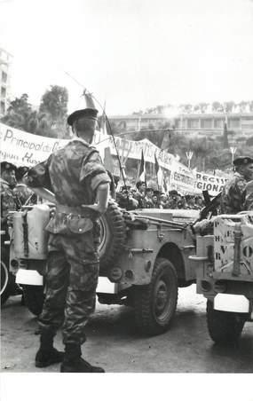 """CPSM ALGERIE """"Alger, les paras devant le gouvernement général, 13 mai 1958"""""""