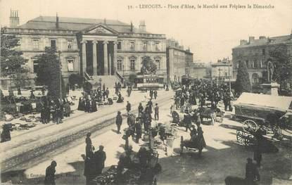 """CPA FRANCE 87 """"Limoges, place d'Aine, le marché"""""""