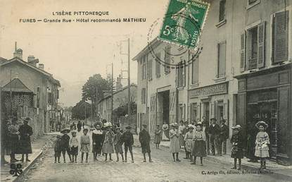 "CPA FRANCE 38 ""Fures, Grande rue, Hotel"""
