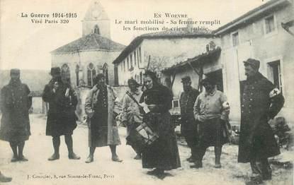 """CPA FRANCE 55 """"En Woevre, le mari mobilisé"""" / CRIEUR PUBLIC"""