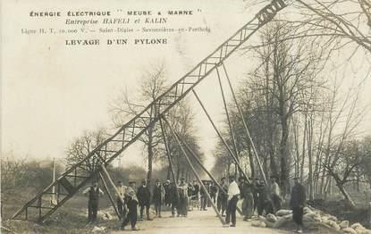 """CPA FRANCE 52 """"Saint Dizier, Entreprise Hafeli et Kalin, levage d'un pylone"""""""