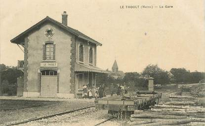 "CPA FRANCE 51 ""Le Thoult, la gare"""