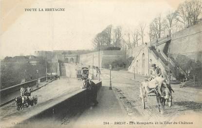 """CPA FRANCE 29 """"Brest, les Remparts et la tour du Chateau"""""""