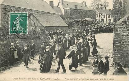 """CPA FRANCE 29 """"Noce bretonne au pays de Cornouailles"""""""
