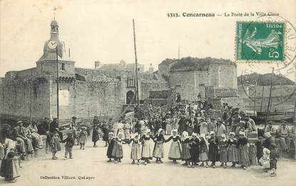 "CPA FRANCE 29 ""Concarneau, la porte de la ville close"""