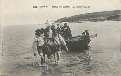 """CPA  FRANCE 29 """"Morgat, retour des grottes, le débarquement"""""""