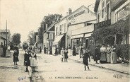"94 Val De Marne CPA FRANCE 94 ""Limeil Brevannes, grande rue, Epicerie, Hotel restaurant"""