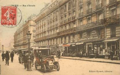 "CPA FRANCE 75004 ""Paris, Rue d'Arcole"" / AUTOMOBILE"