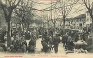 """31 Haute Garonne CPA FRANCE  31 """"Saint Gaudens, le marché aux moutons"""""""