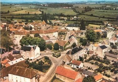 """/ CPSM FRANCE 71 """"Issy l'Evêque, vue aérienne sur le bourg"""""""