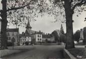 """71 SaÔne Et Loire / CPSM FRANCE 71 """"Louhans, place des planches et l'église"""""""