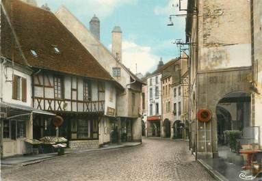 """/ CPSM FRANCE 71 """"Louhans, entrée de la ville, maison de bois et les arcades"""""""