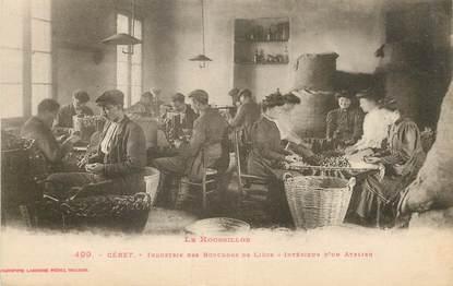 """CPA FRANCE 66 """"Céret, industrie des bouchons de liège, intérieur d'un atelier"""""""