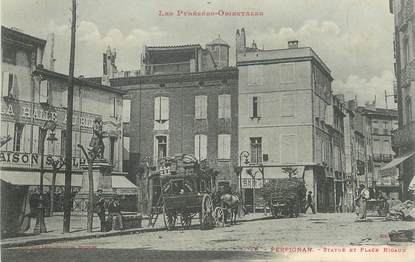 "CPA FRANCE 66 ""Perpignan, statue et Place Rigaud"""