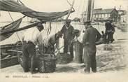 """14 Calvado CPA FRANCE 14 """"Trouville, pêcheurs"""""""