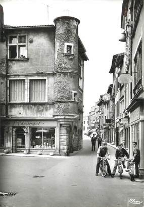 """/ CPSM FRANCE 71 """"Tournus, escargot et rue du centre """""""