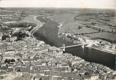"""/ CPSM FRANCE 71 """"Tournus, vue aérienne, la Saône et le nouveau pont suspendu"""""""
