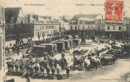 """/ CPA FRANCE 51 """"Epernay, place de l'hôtel de ville"""""""
