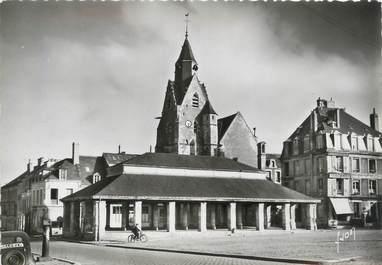 """/ CPSM FRANCE 72 """"Mamers, église Saint Nicolas et les Halles"""""""