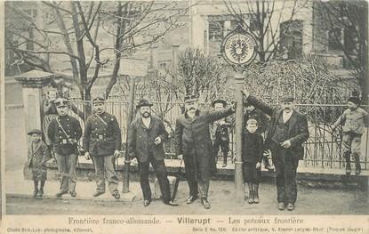 """/ CPA FRANCE 54 """"Villerupt, les poteaux frontière"""""""