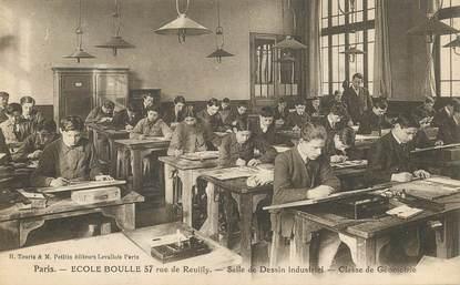 """CPA FRANCE 75012 """"Paris, Ecole Boulle, rue de Reuilly, salle de dessin industriel"""""""