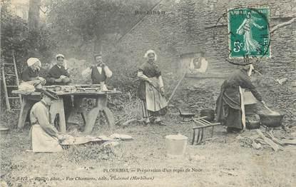 """/ CPA FRANCE 56 """"Ploermel, préparation d'un repas de Noce"""""""