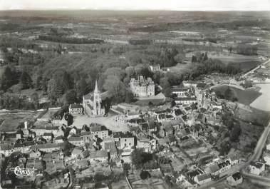 """/ CPSM FRANCE 72 """"Montfort le Rotrou, l'église et le château, vue aérienne"""""""
