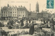 """59 Nord / CPA FRANCE 59 """"Cambrai, le marché à la place d'Armes"""""""