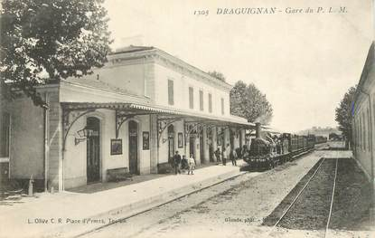"CPA FRANCE 83 ""Draguignan,  la gare du PLM"" / TRAIN"