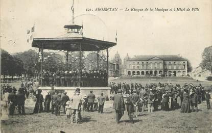 """/ CPA FRANCE 61 """"Argentan, le kiosque de la musique et l'hôtel de ville"""""""